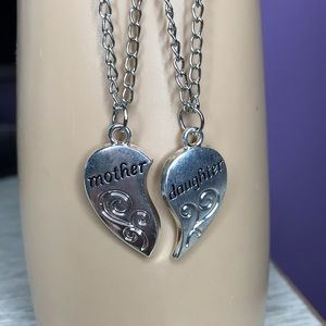 New 2pc Mother & Daughter necklace